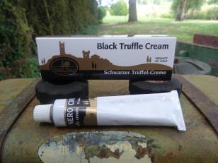 Crema di tartufo puro nero in tubetti