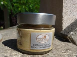 White truffle and mushroom cream